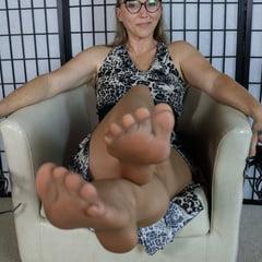 Bitta VonSweet FootFetish And Stockings