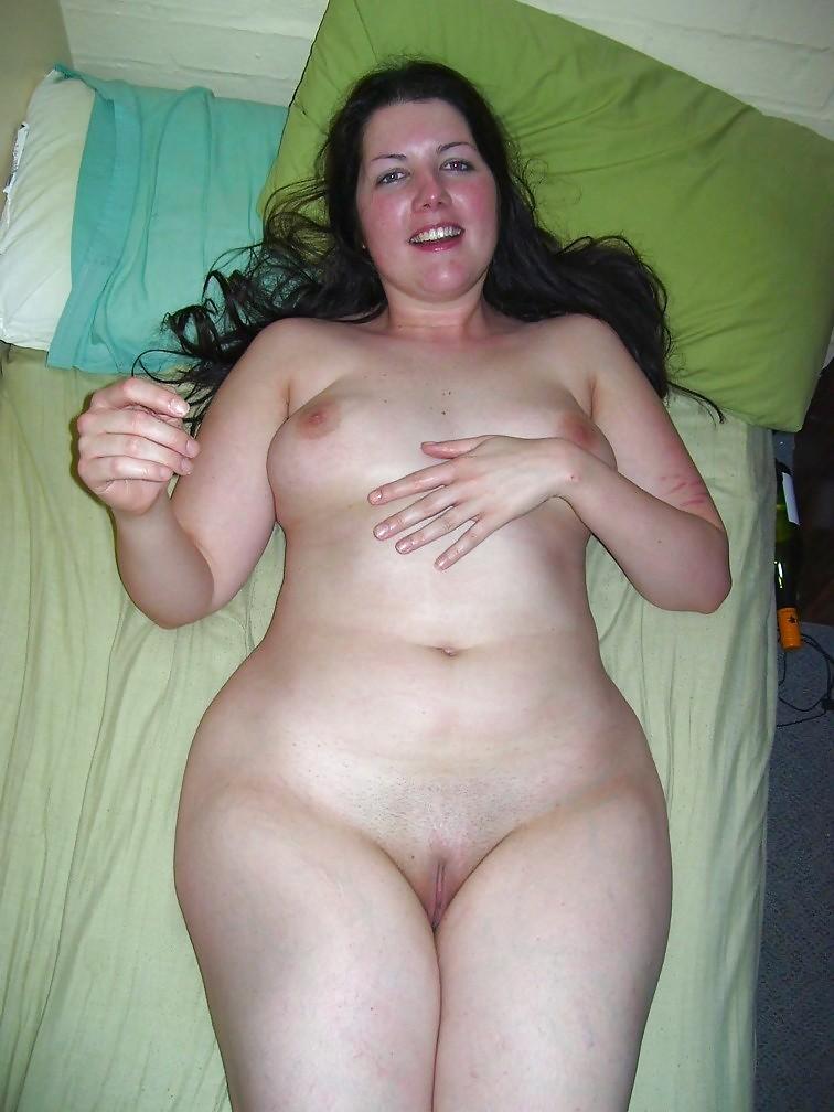 Full Figured Naked Milf Blonde