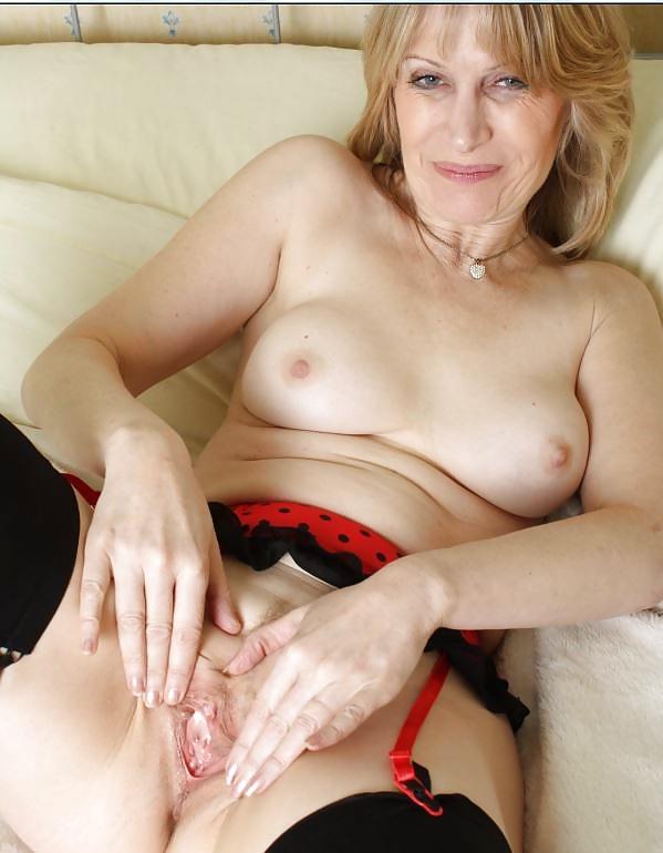 Porn mature jane milf girls licking