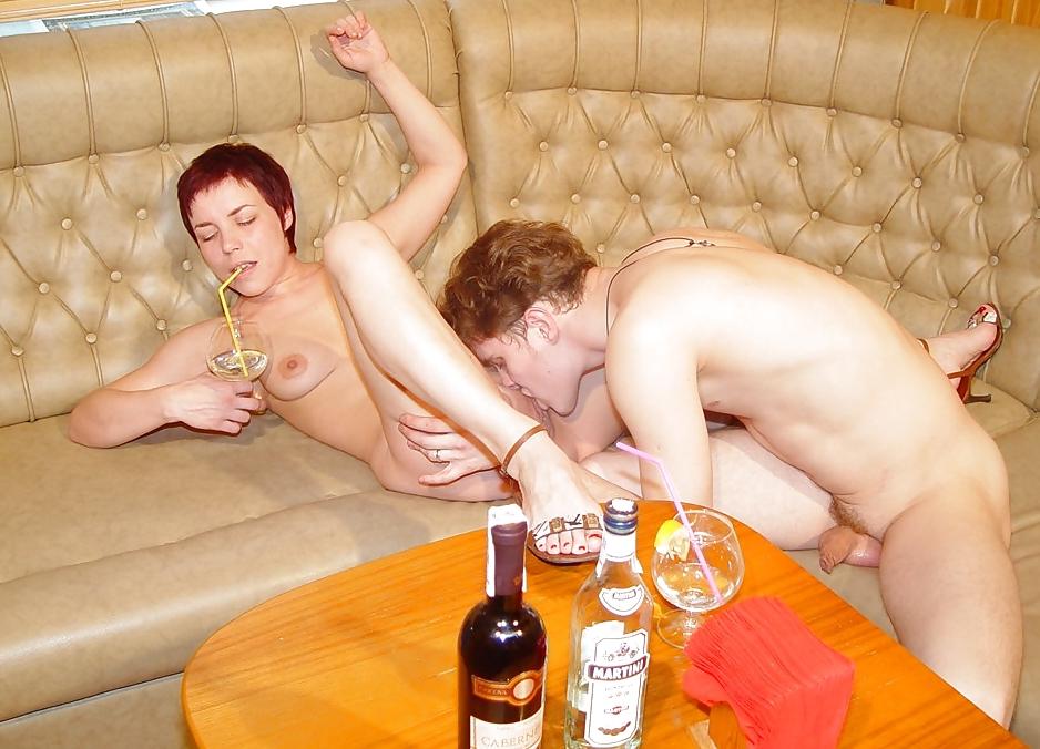 Порно с пьяными никакими, застукала своего парня за дрочкой порно
