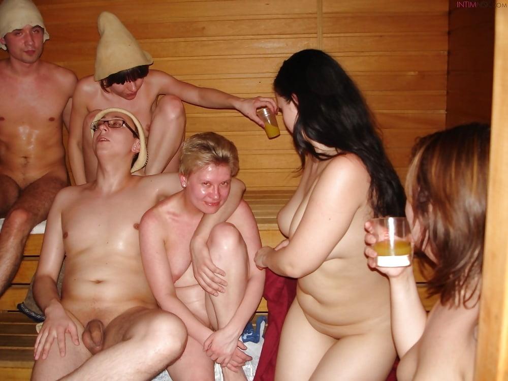 Шлюха в бане на празднике