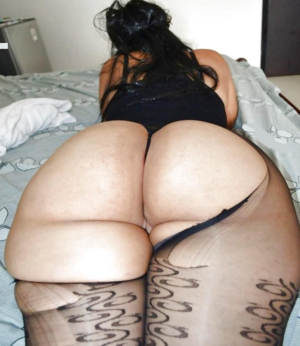 Free pics of big ass women, busty lesbian woman