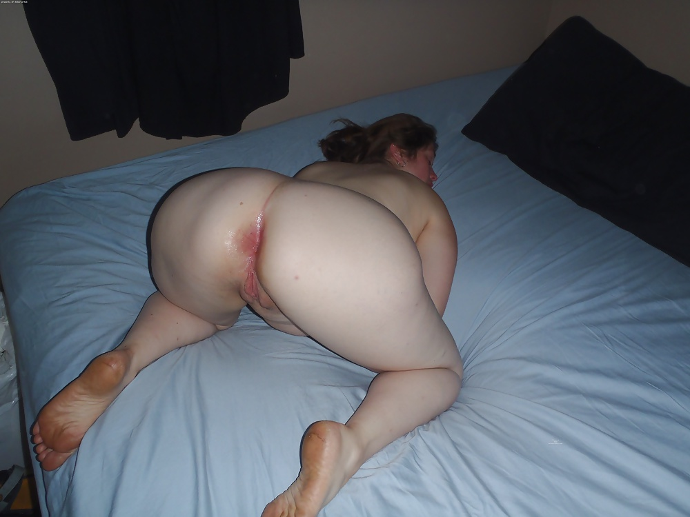Naked Wife's Ass And Pussy