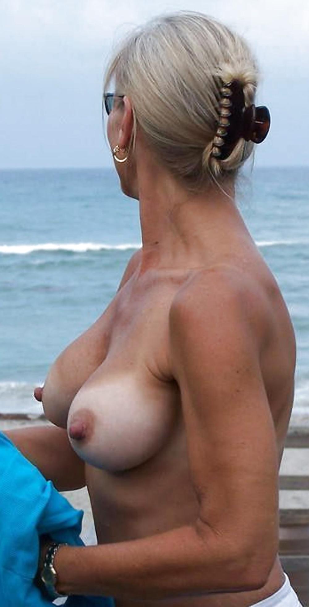 Massachusetts swinger nudist