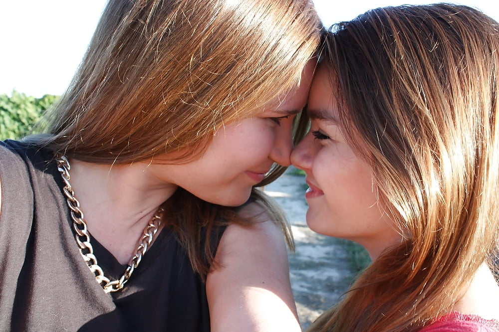 young-teen-lesbians-making-love-hilry-duff-nude