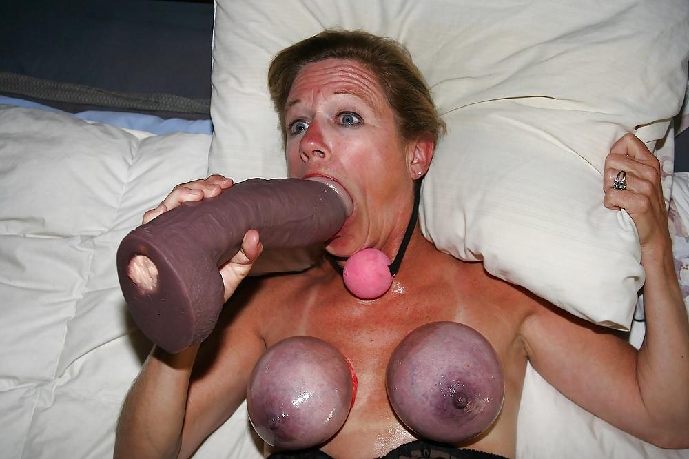 Amateur wife boobs