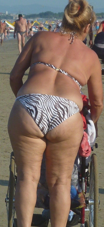 bbw-nude-beaches-tongue-piercing-hole