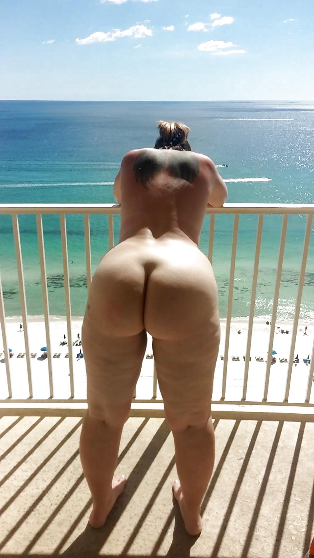 Big Tits Big Ass Blonde Milf