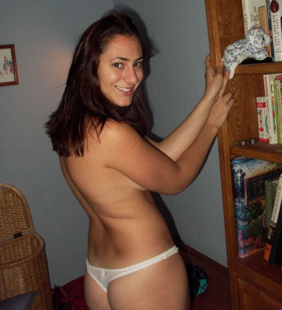 Hot brunette stripping pictures