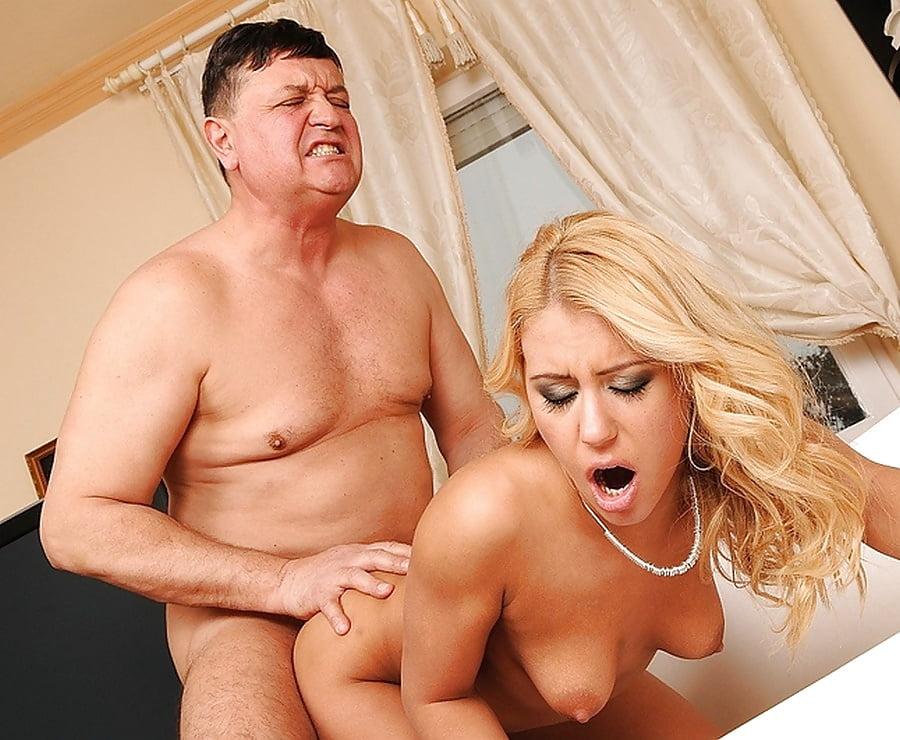 Форум толстяк трахает блондинку фильм русские