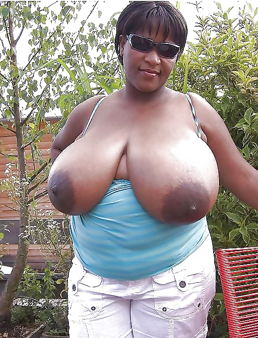 Big black amateur boobs-3316
