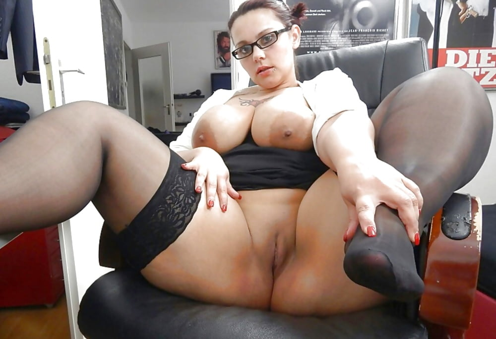 licking-fat-porn-glasses