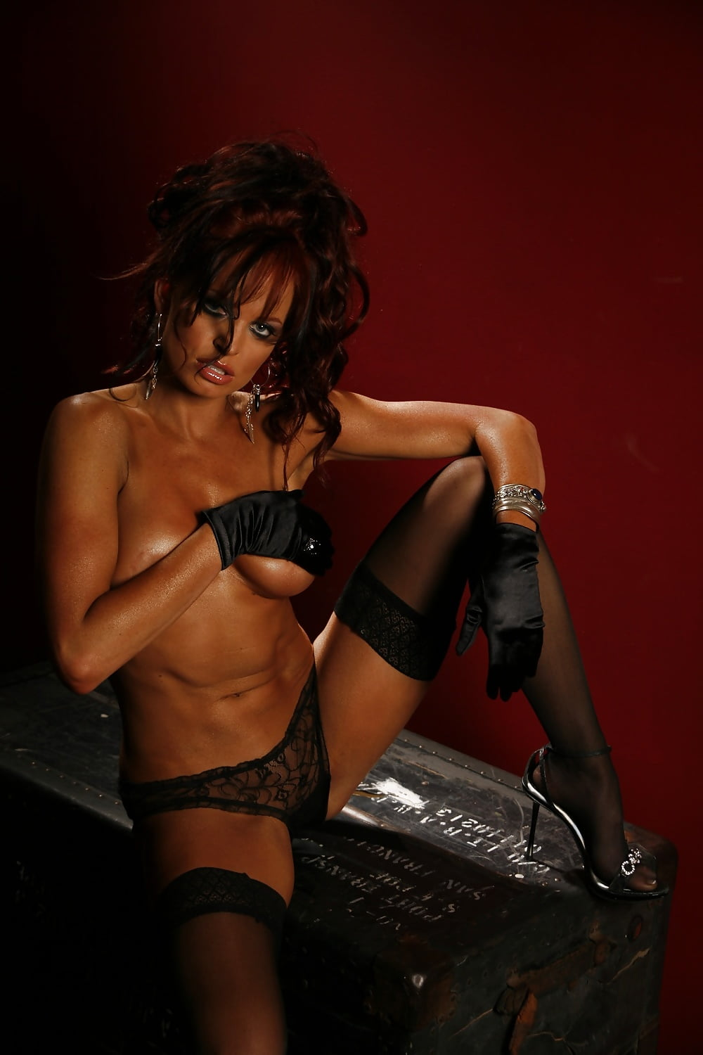 Nude Celebrity Christy Hemme Pictures And Pics