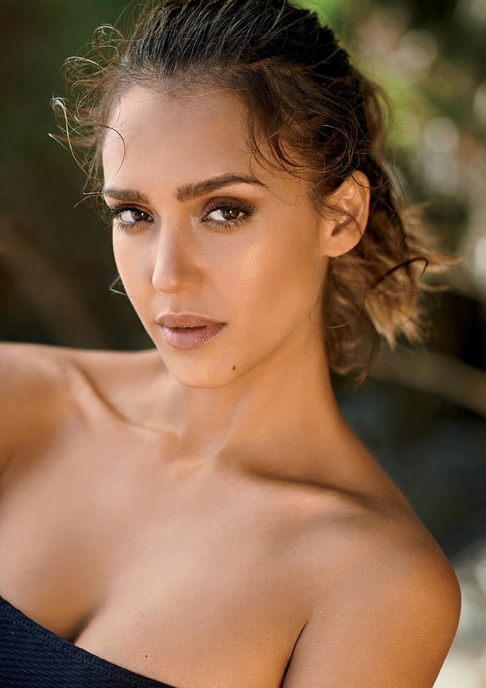 Jessica Alba is gorgeous - 190 Pics