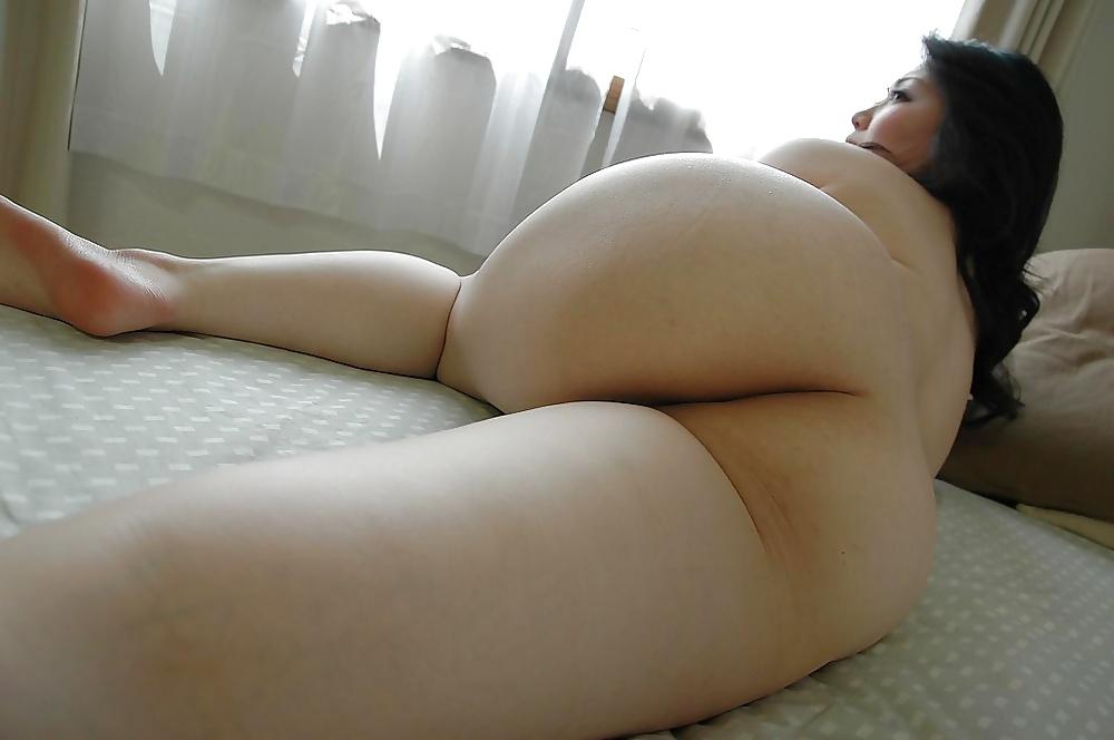 golie-bolshie-yaponskie-popki-foto-onlayn-porno-bolshie-hui-i-babi-v-vozraste