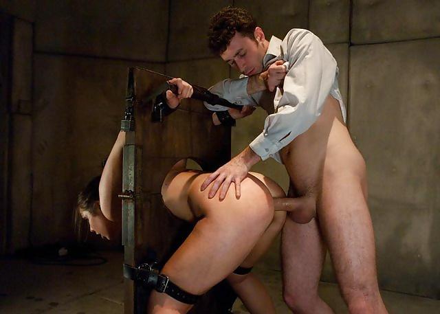 Нужно ли часто наказывать секс рабыню 7