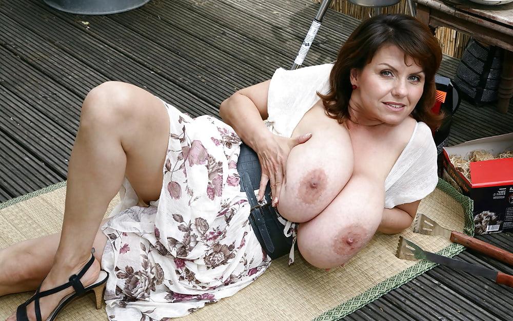 milena-velba-pussy-pic
