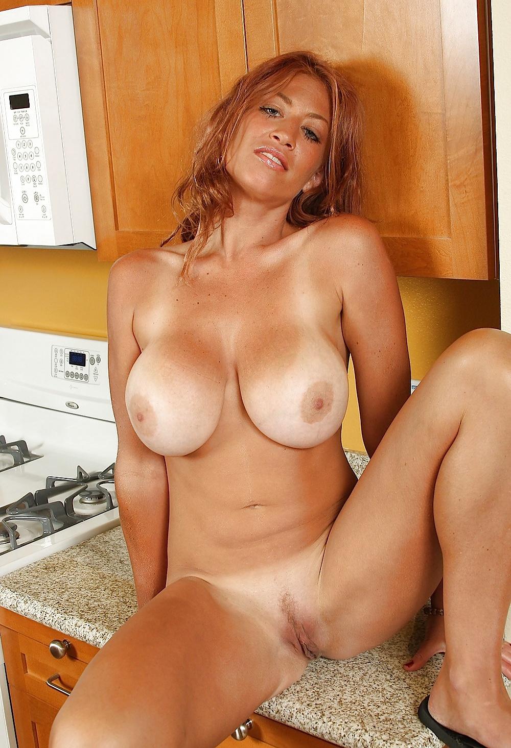 Hot mature women, mature nude photos
