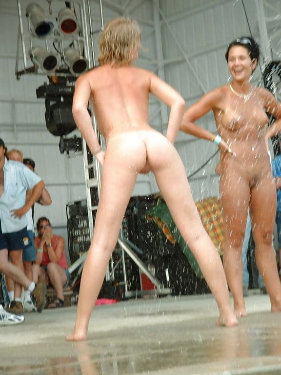nude-girls-rallies
