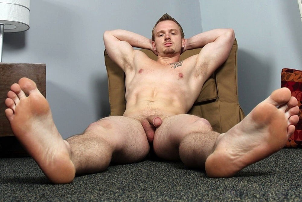 Naked guy asking about his feet #1