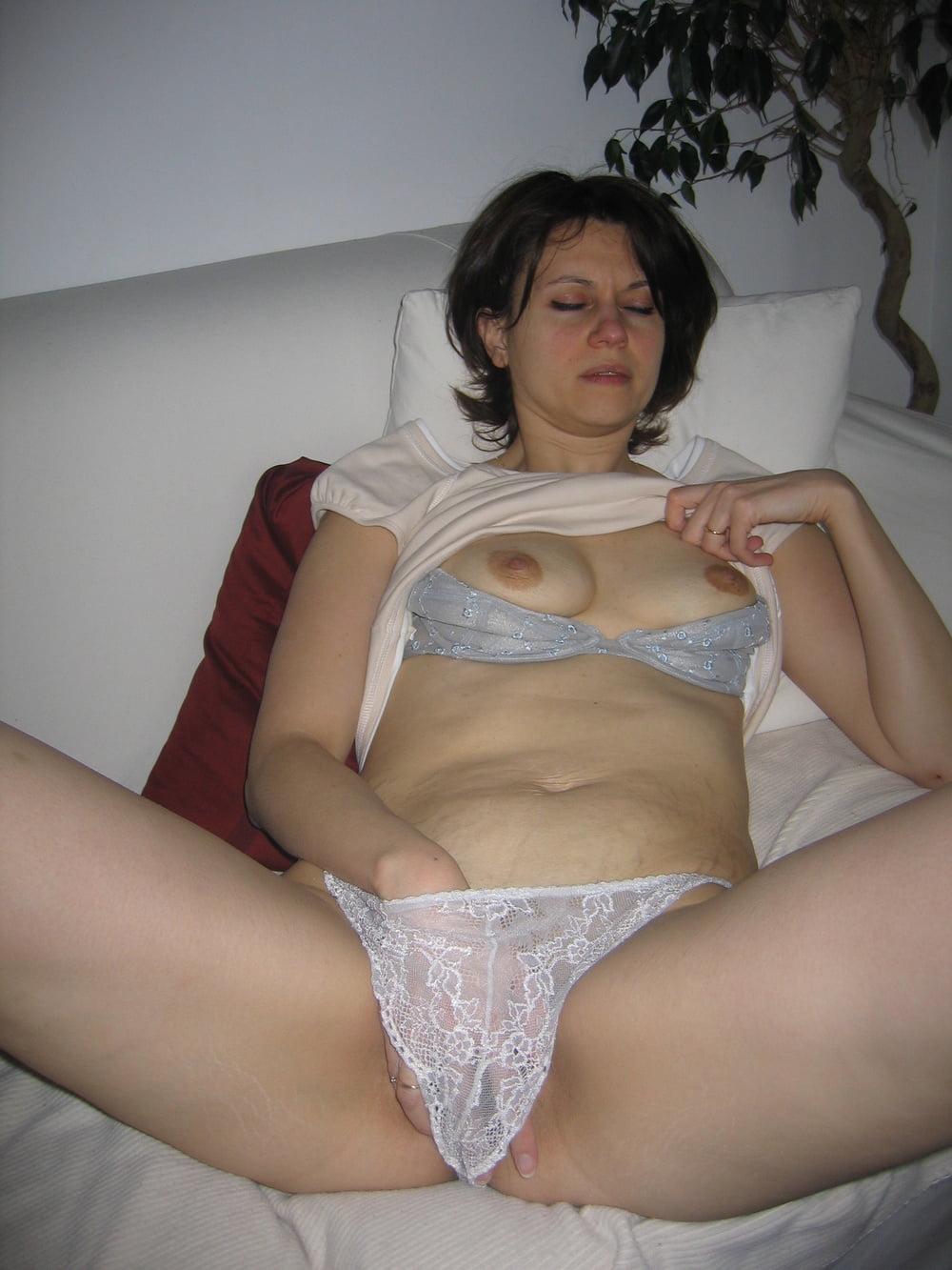 порно фото галереи чужих жен в трусиках - 2