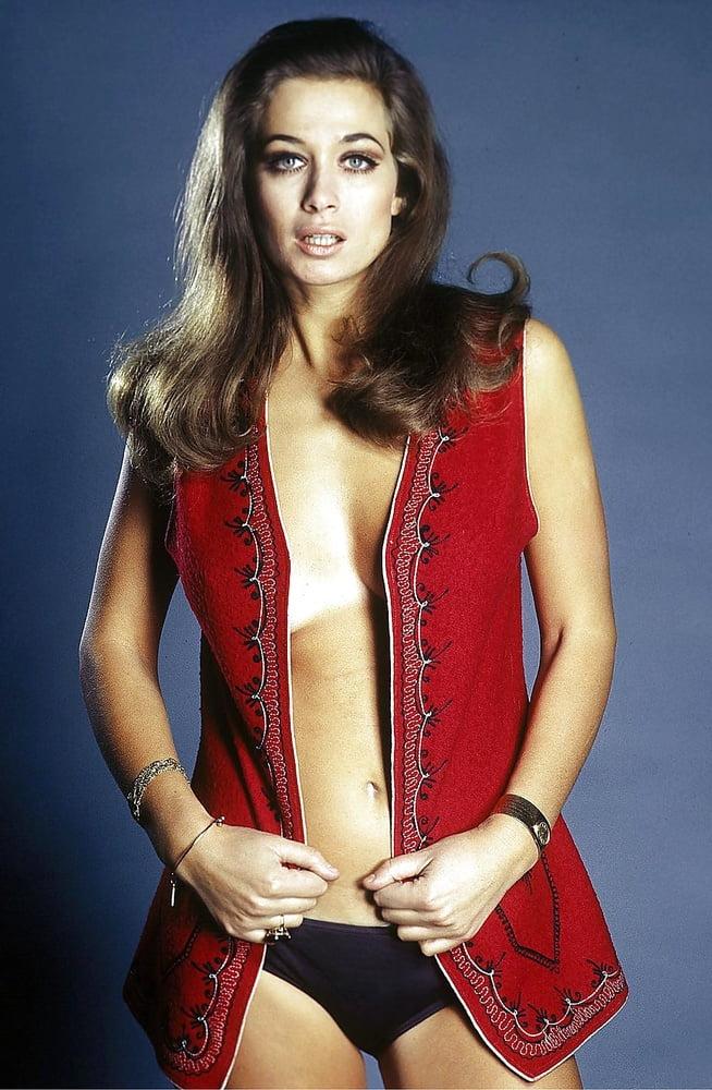 Valerie leon nude