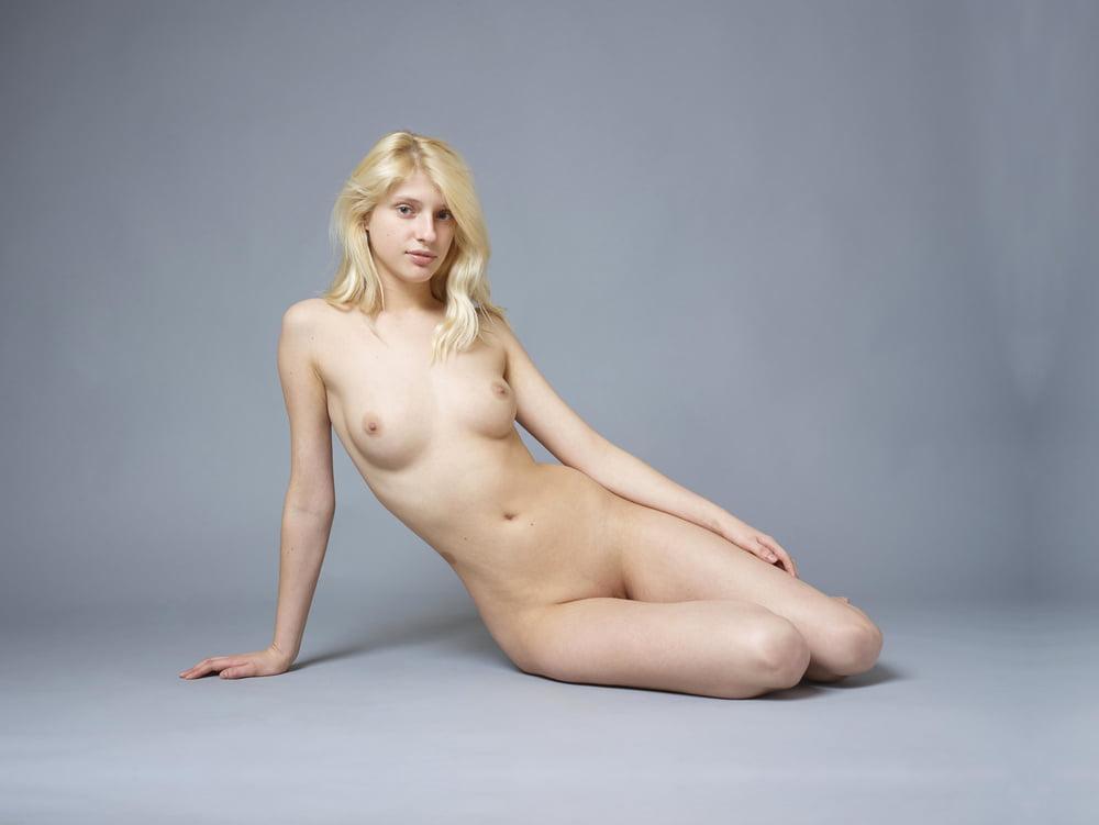 Naked alma, manisha koirala sex xxx image