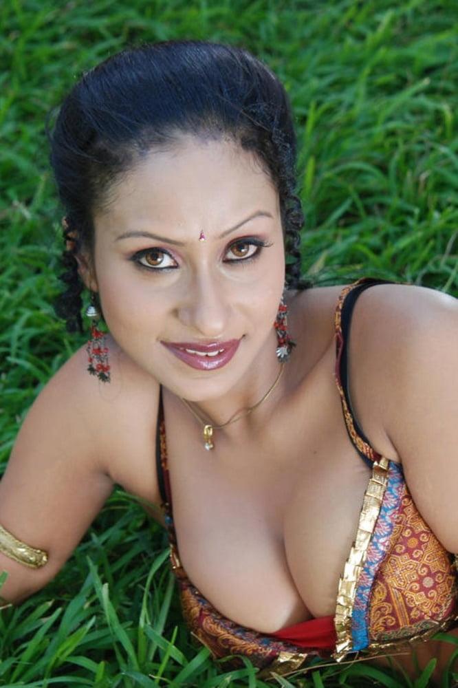 Kamalika banerjee nude pics