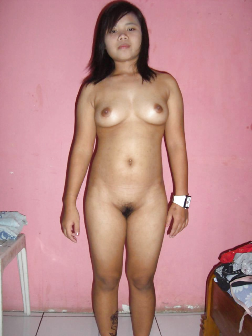 streaming-young-indonesian-amateur-model-naked-vannesa-delrio