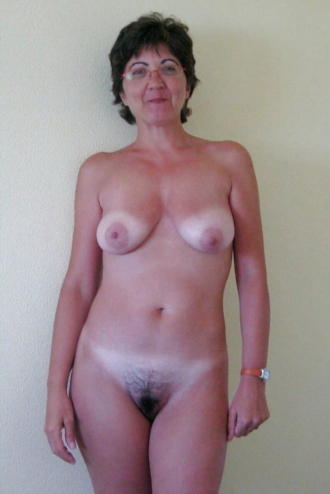 Mature Women Nude Tan Lines