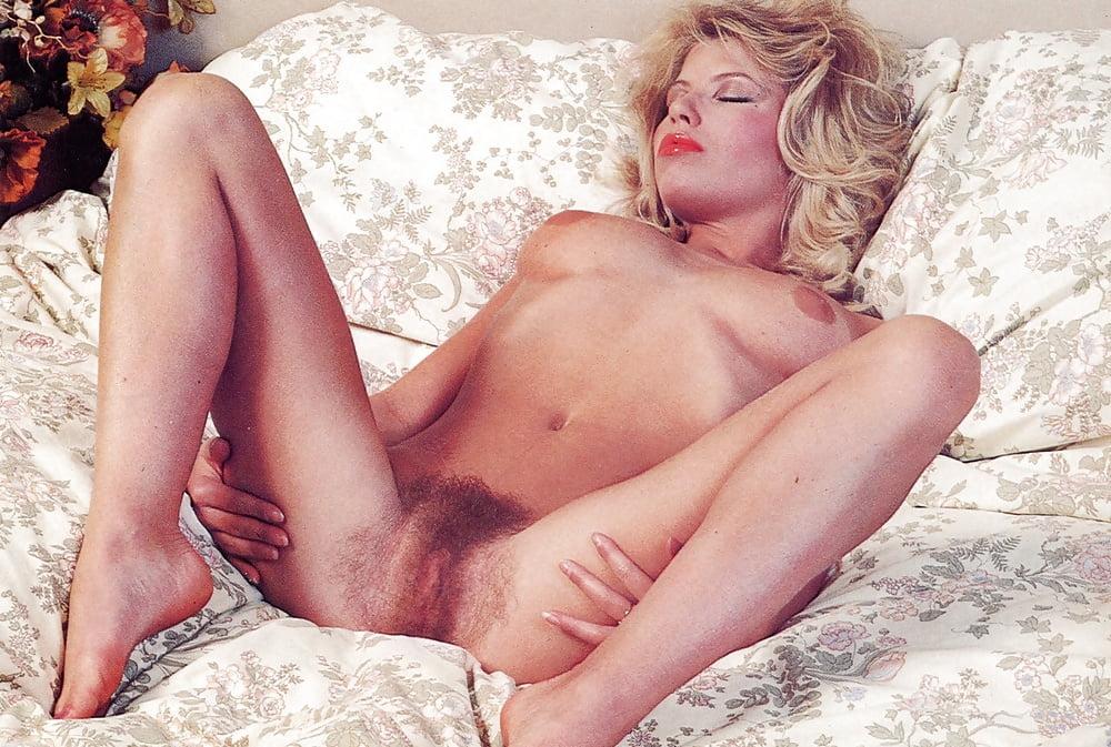 peta-wilson-hardcore-porn-in-movies-ghost-fuck-girl