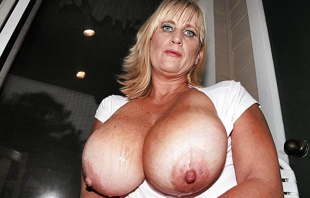 Massive tits matures — photo 6