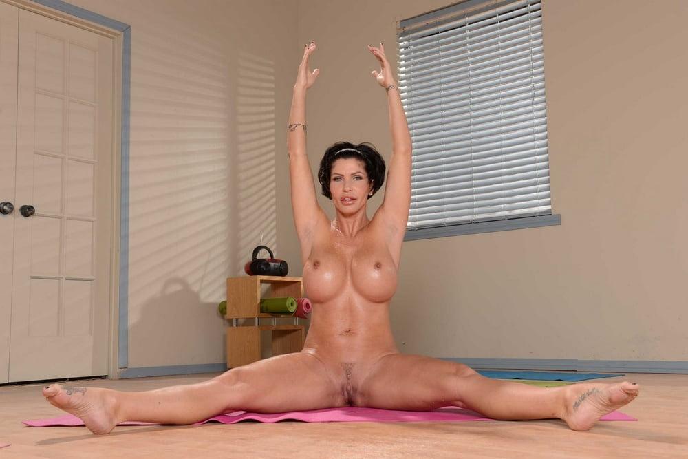 Dilde krean yoga pussy, sheila stone milf