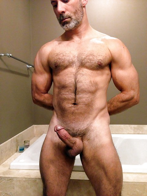 Hairy gay muscle porn pics