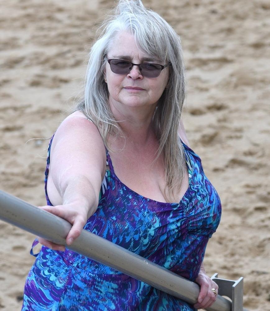 Tracy, sexy UK FAT GILF Slut - 32 Pics | xHamster
