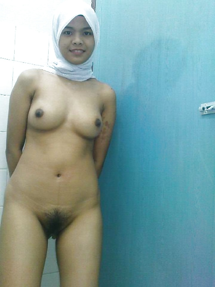 Naked very hot qatari women — photo 12