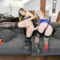 StockingsVR Girls Playing Together