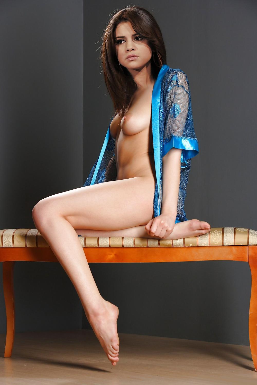 Selena gomez naked news