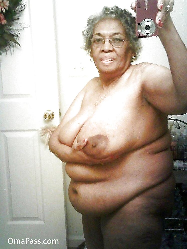 Free black mature tit pics