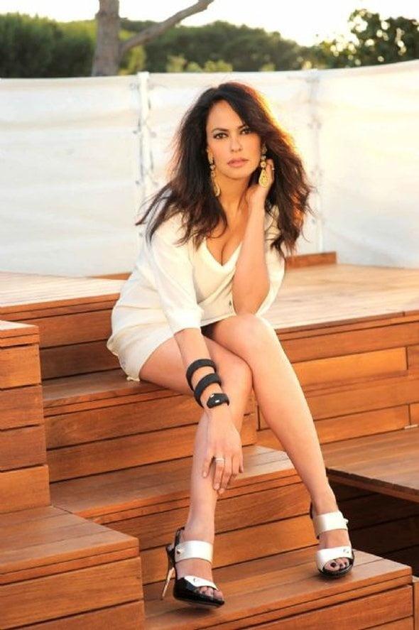 See and Save As italian actress maria grazia cucinotta porn pict - Xhams.Gesek.Info
