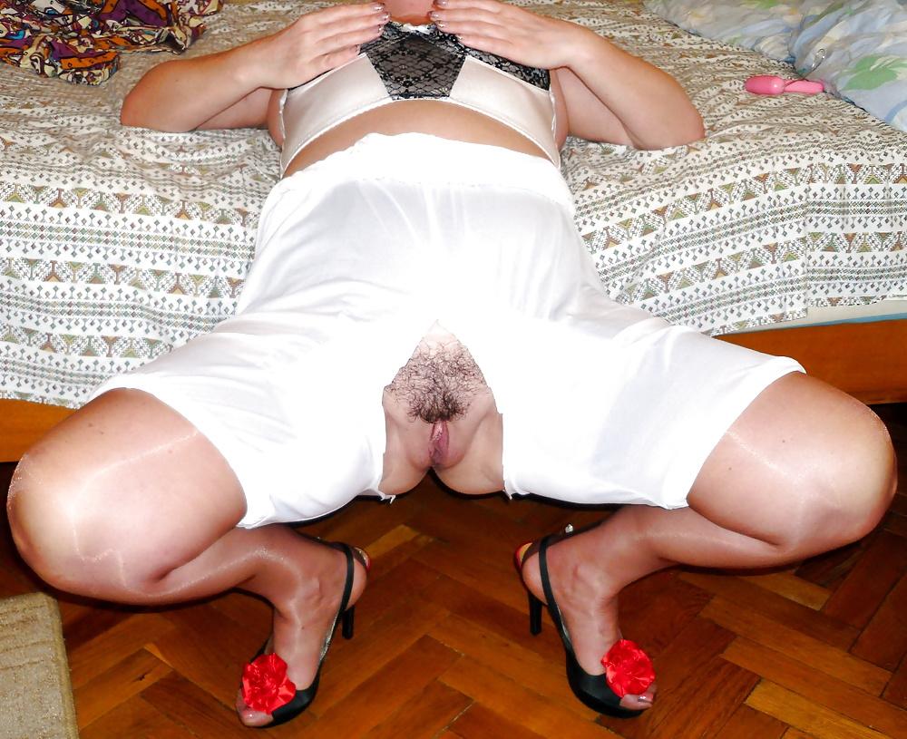 Порно порно в панталонах фото отсос толпы
