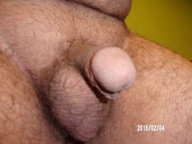 Good Looking Hunk With Flaccid Penis