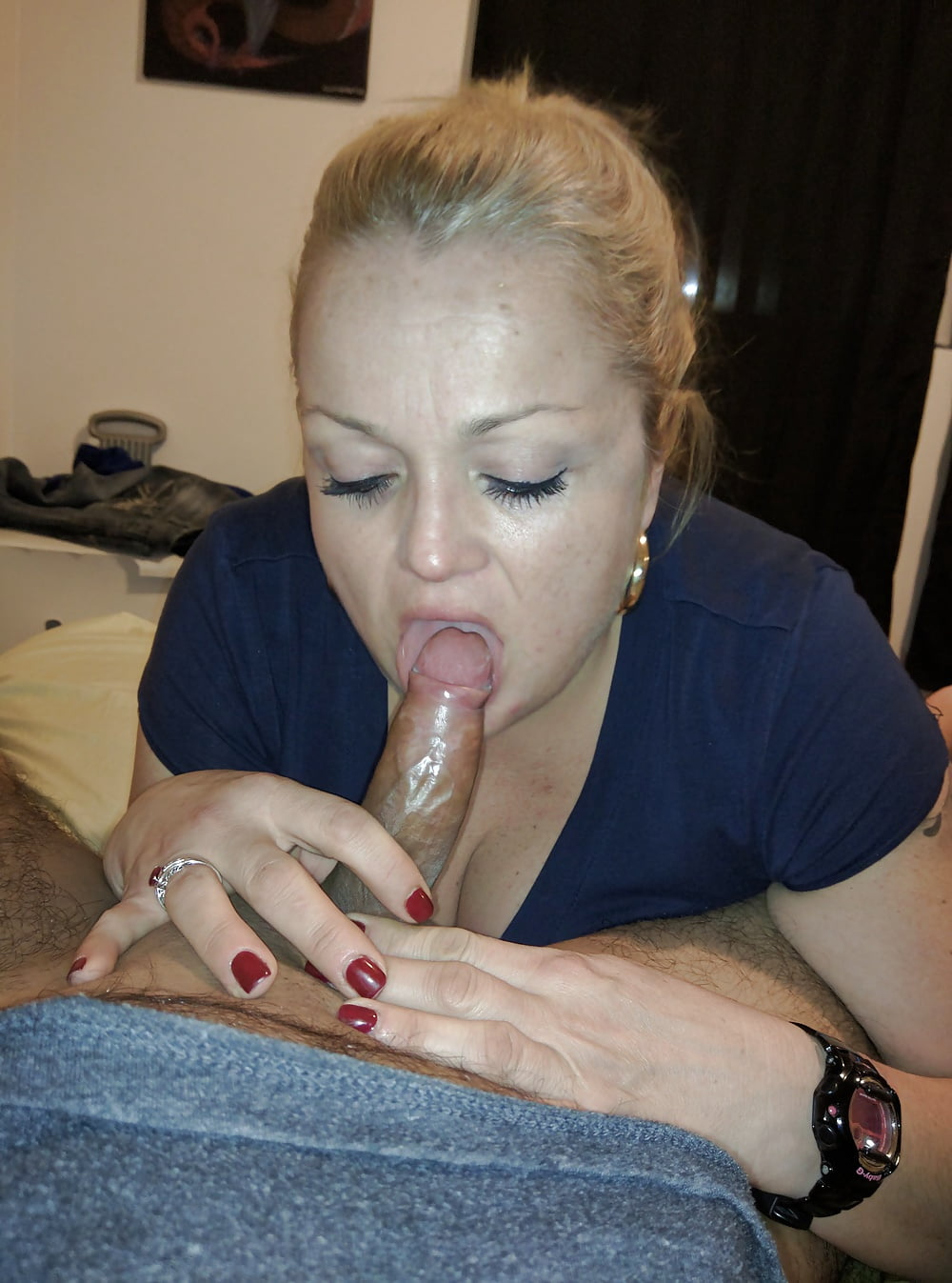 Mexicana enmascarada cogida en el sillon del sexo - 3 2