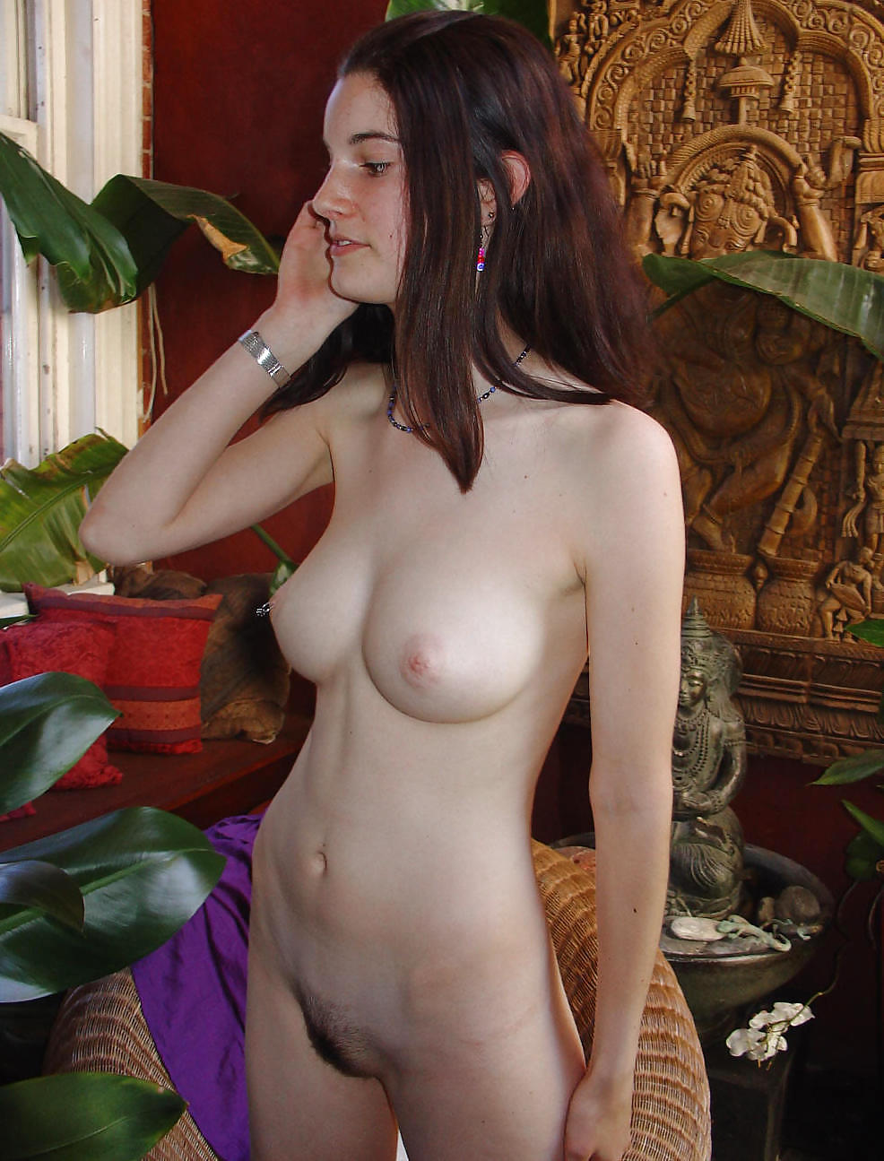 amateur full frontal nude