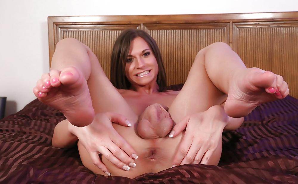 Feet shemale porn photo