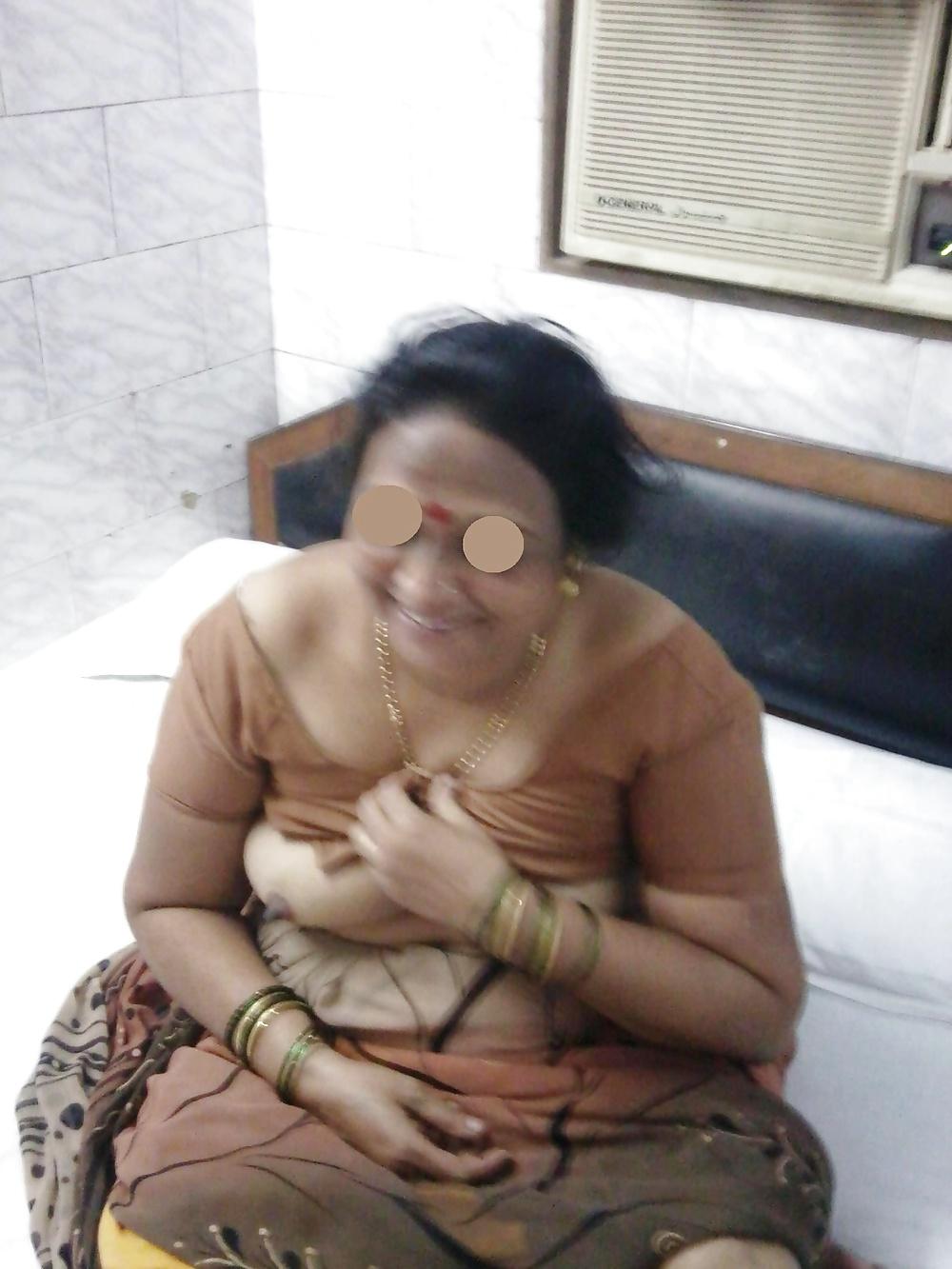 Old Wine Aunty-Indian Desi Porn Set 36 - 32 Pics  Xhamster-1960