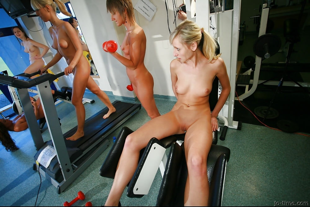 girls-in-gym-shower-videos