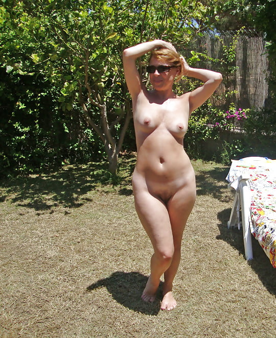 Sexy naked busty milfs-7432