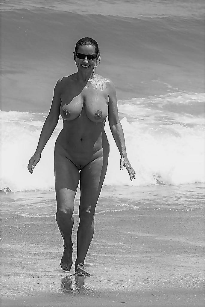 Robin south beach nude — 3