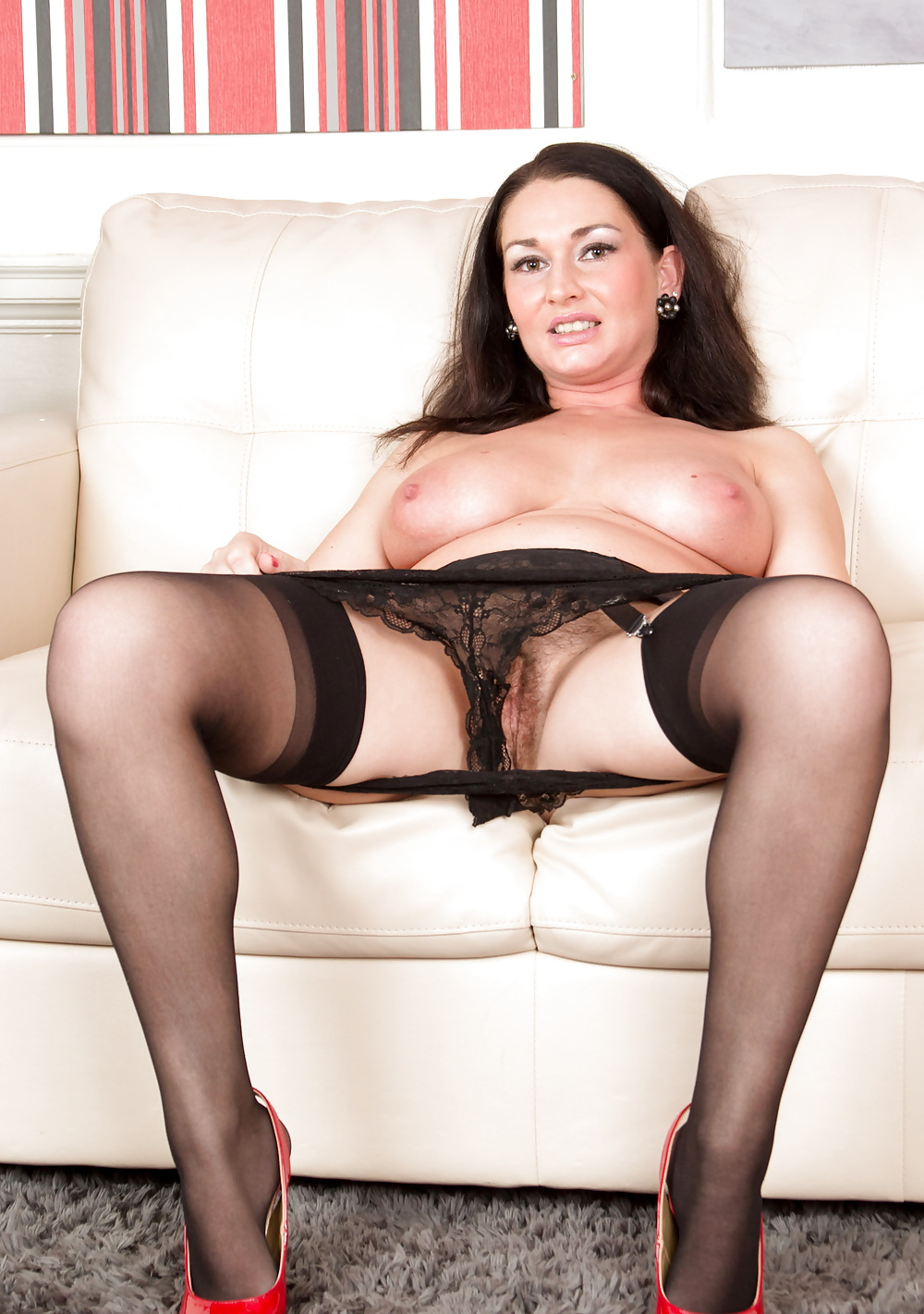 mature-black-lace-stockings-galleries